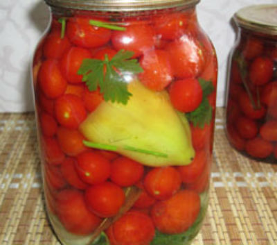 marinovannye-pomidory-na-zimu-v-bankah2