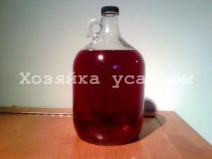 Вкусное домашнее вино из смородины.