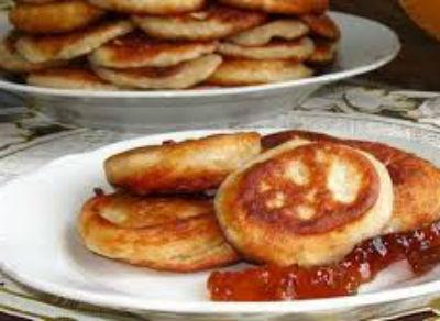 recept-oladushek-na-kislom-moloke