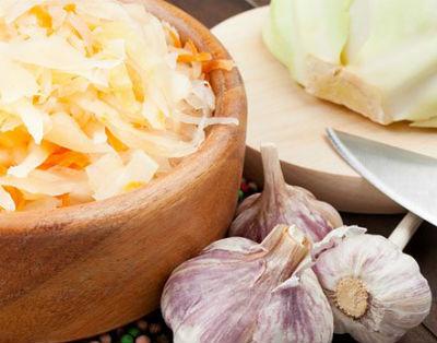 Как замариновать капусту на зиму быстро и вкусно