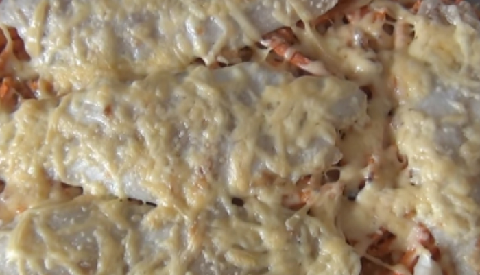 Рыба запеченная в духовке с картошкой - лучшие рецепты