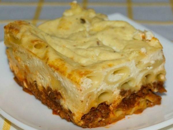 Запеканка из макарон с фаршем в духовке, с сыром