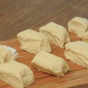 Тесто для чебуреков вкусное хрустящее - как приготовить на воде, на молоке, на кефире, лучшие рецепты